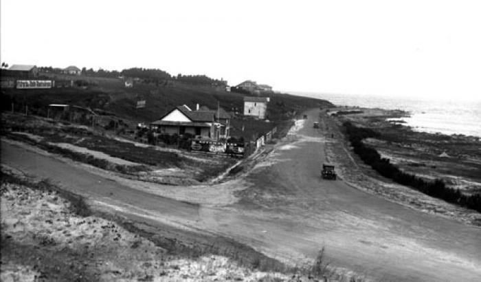 Rambla y calle Coimbra. Año 1925. (Foto 4034 FMH.CMDF.IMM.UY)