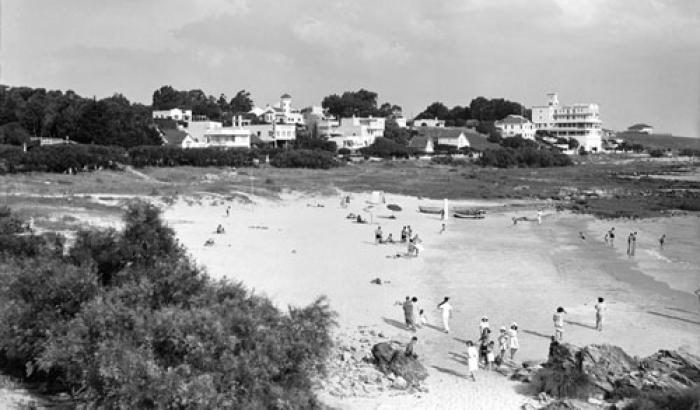 Playa de los Ingleses. Año 1940. (Foto 7533 FMH.CMDF.IMM.UY)