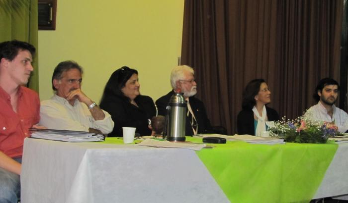 El Concejo Municipal junto al Secretario General de la Intendencia de Montevideo