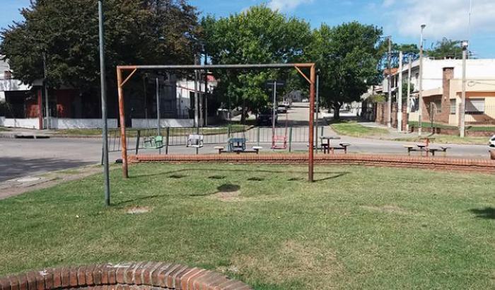 Plaza Bertolt Brecht - Sector juegos infantiles