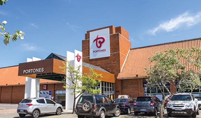 Portones Shopping